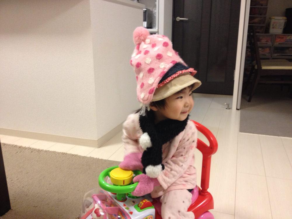 パジャマ+マフラー+手袋+帽子×3=奈々ちゃん。